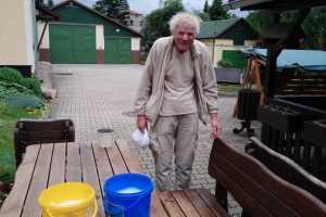 Dnes úklid okolo Stalingradu PIV. a posezení po brigádě. Udělali jsme si zmrzlinové poháry s ovocem 🍨🍨🍨👍💯🌹 u Šárka Oprchalová
